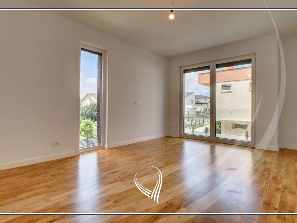 Shtëpi me 4 dhoma gjumi në shitje në lagjen Comfort Home - Çagllavicë6