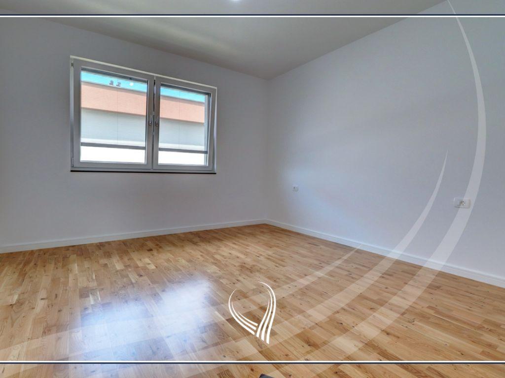 Shtëpi me 4 dhoma gjumi në shitje në lagjen Comfort Home - Çagllavicë8
