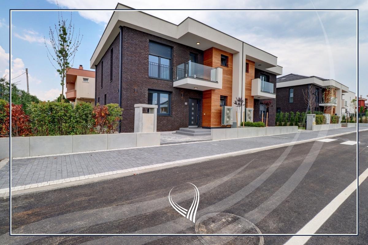 Shtëpi me 4 dhoma gjumi në shitje në lagjen Comfort Home - Çagllavicë1