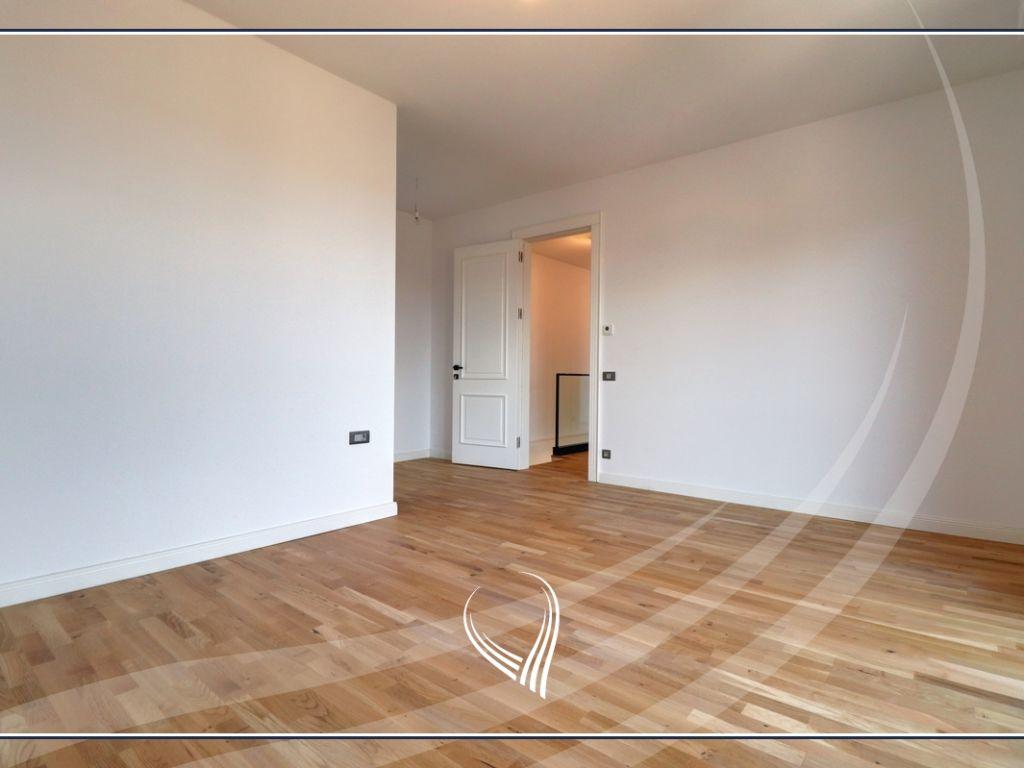 Duplex Banesë me 3 dhoma gjumi në shitje në lagjen Aktash – IVY RESIDENCE6