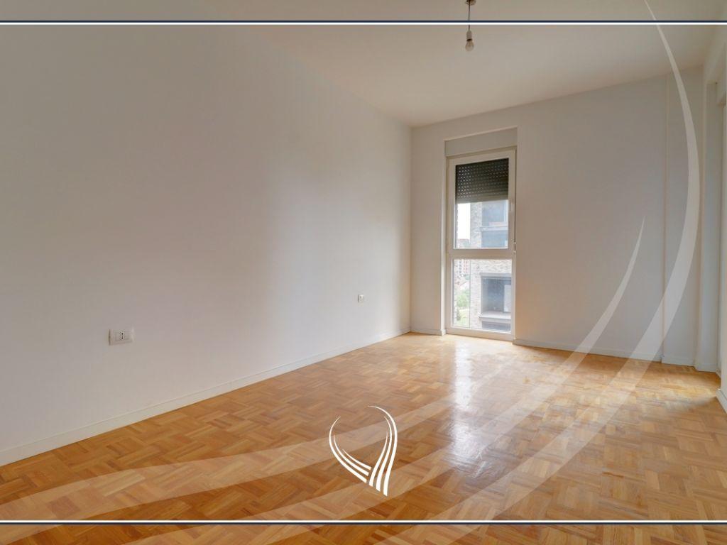 Zyre me qira me 4 dhoma pune në Hill Residence – Prishtina e re2