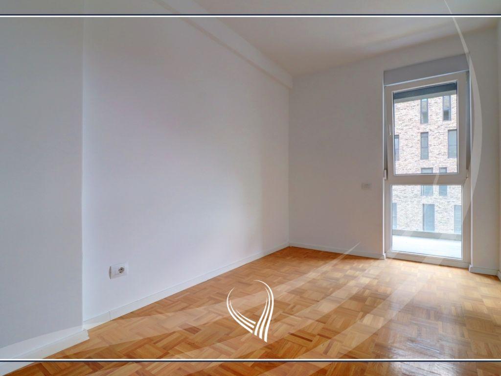 Zyre me qira me 4 dhoma pune në Hill Residence – Prishtina e re3