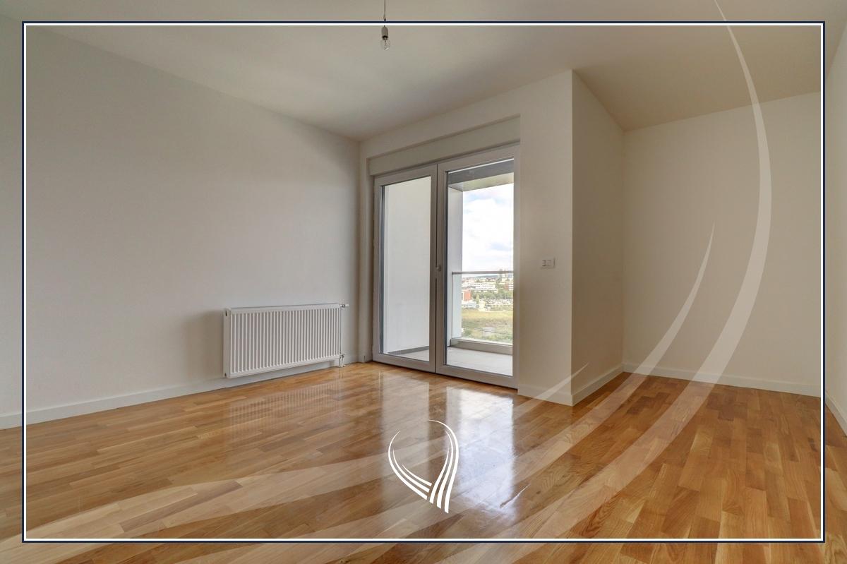 Zyre me 4 dhoma pune me qira në lagjen Prishtina e Re – Linda Premium Residence5