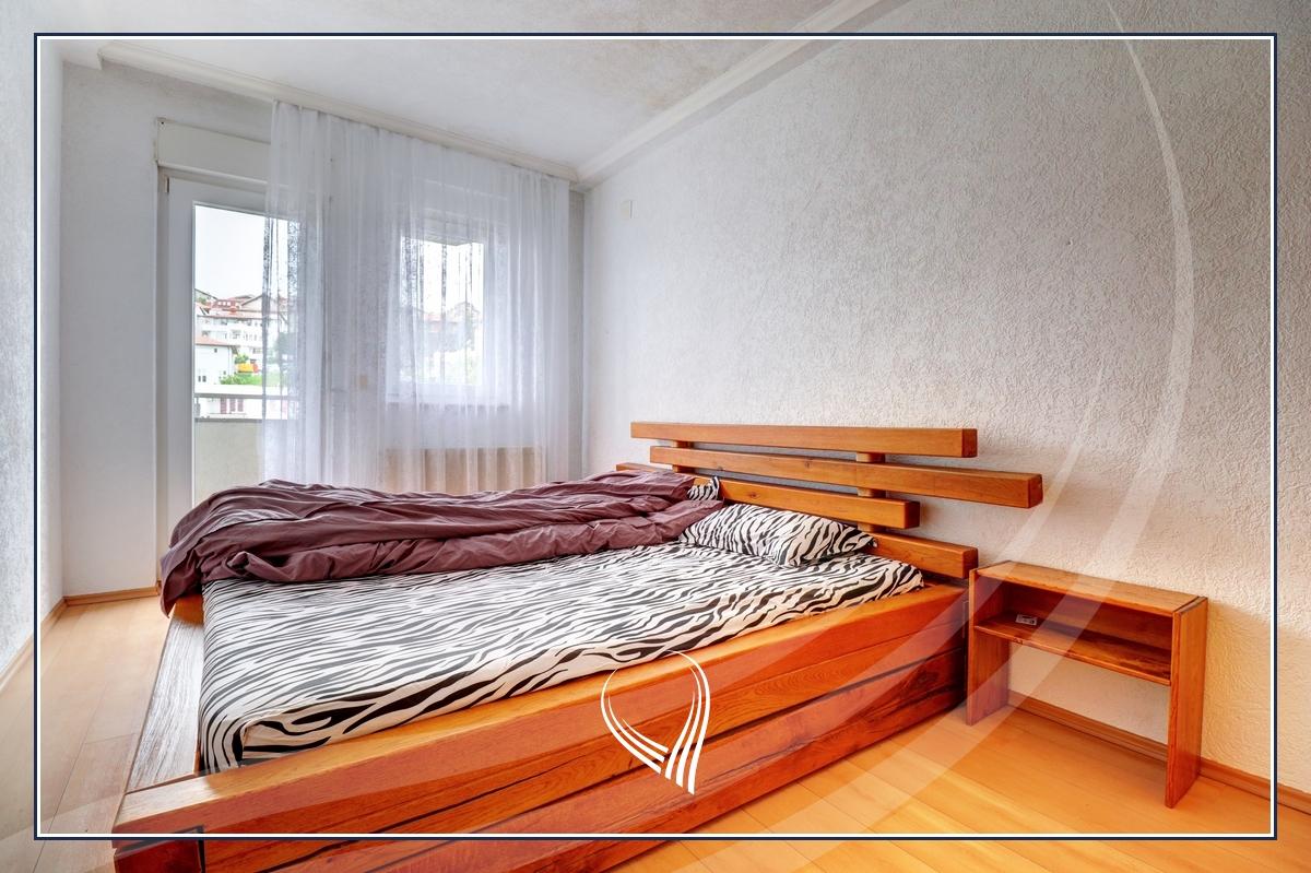 Banesë me 2 dhoma gjumi me qira në lagjen Arbëria – Dragodan4
