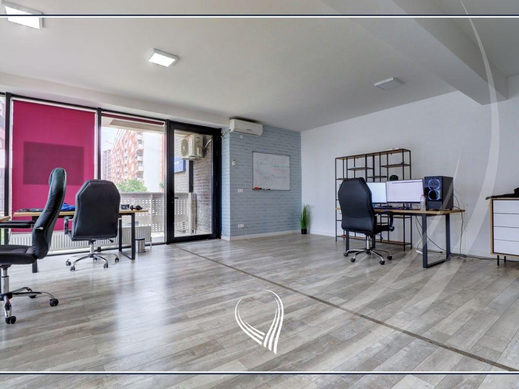 Zyre me 2 dhoma pune me qira në lagjen Mati 12