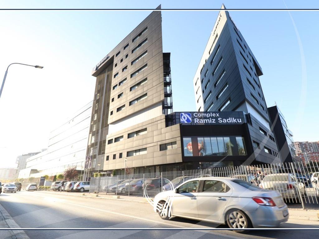 Business space for office 560m2 for rent in Lakrishta neighborhood - Ramiz Sadiku complex