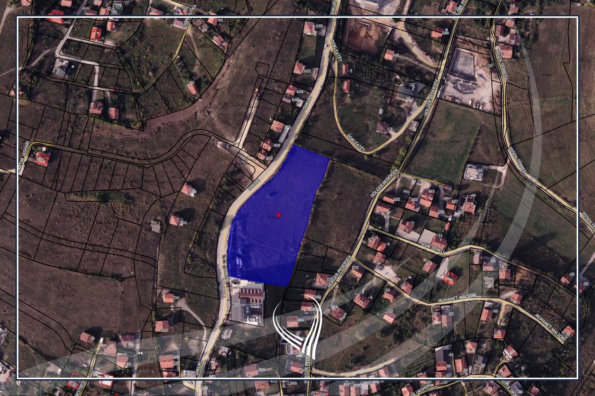 Shitet toka 1 hektarë e 1.66 ari (10166m2) për ndërtim të lartë në lagjen Prishtina e Re