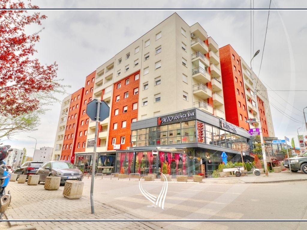 Lokal 87.80m2 në shitje në lagjen Bregu I Diellit