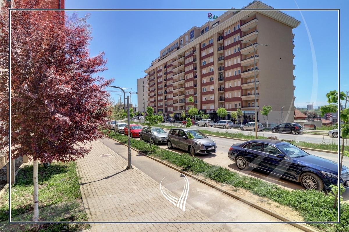Premises 78.60m2 for sale in Mati 1 neighborhood - Street C