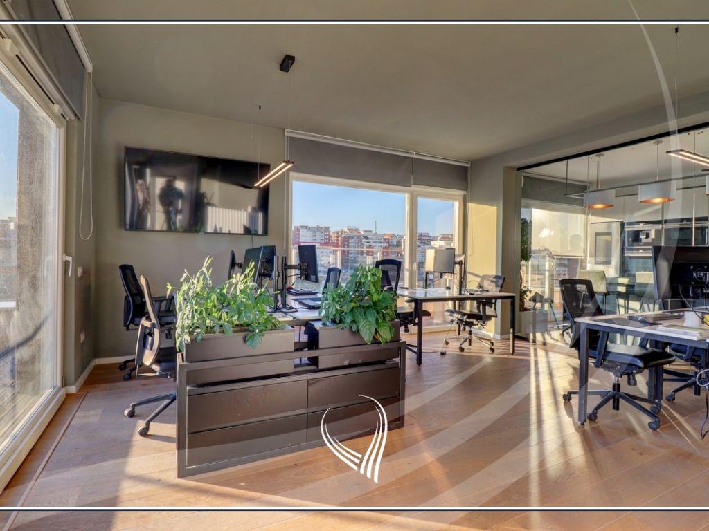 Penthouse për zyre me qira 308m2 në lagjen Lakrishtë – Prime Residence
