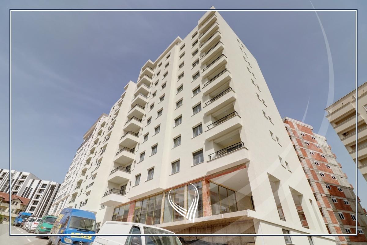 Lokal 55.71 m2 në shitje në lagjen Mati 1