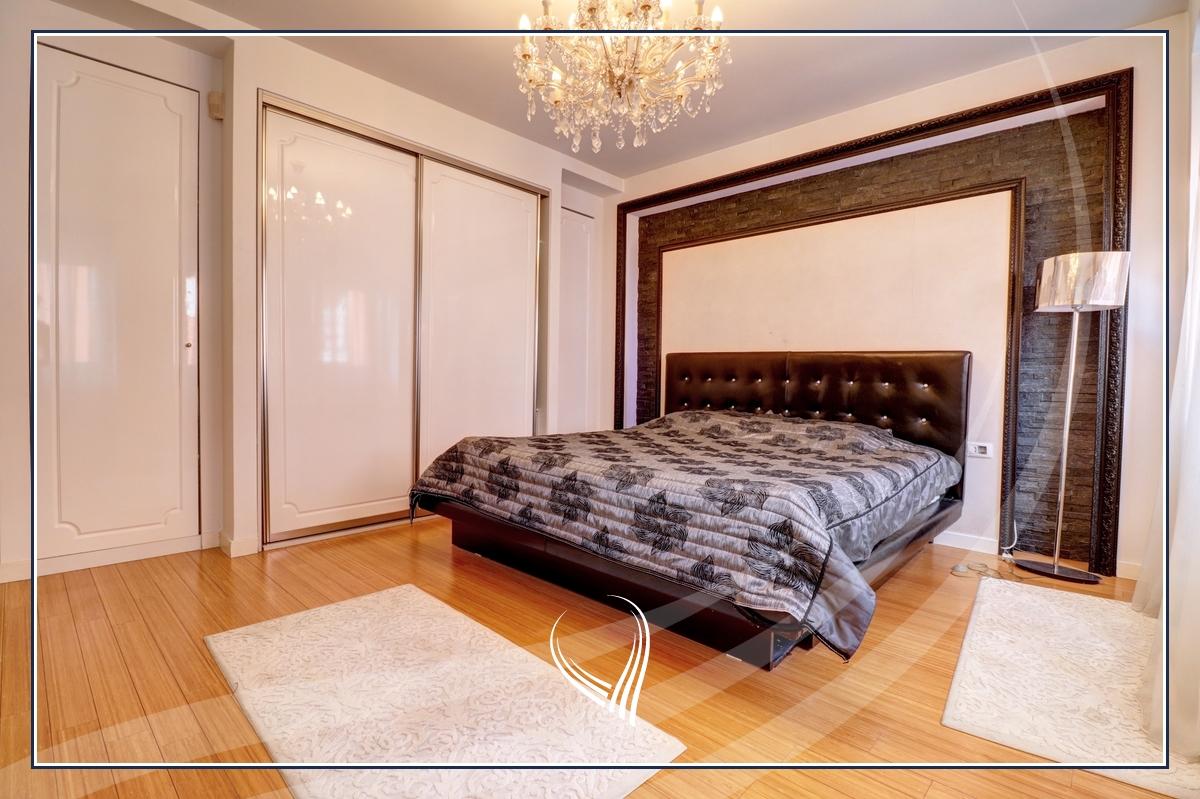Banesë me 3 dhoma gjumi në shitje në lagjen Mati 1 – Rruga B4