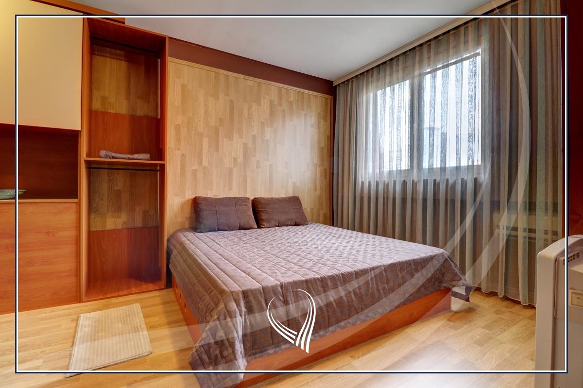 Duplex banesë me 2 dhoma gjumi në shitje në lagjen Bregu i Diellit5