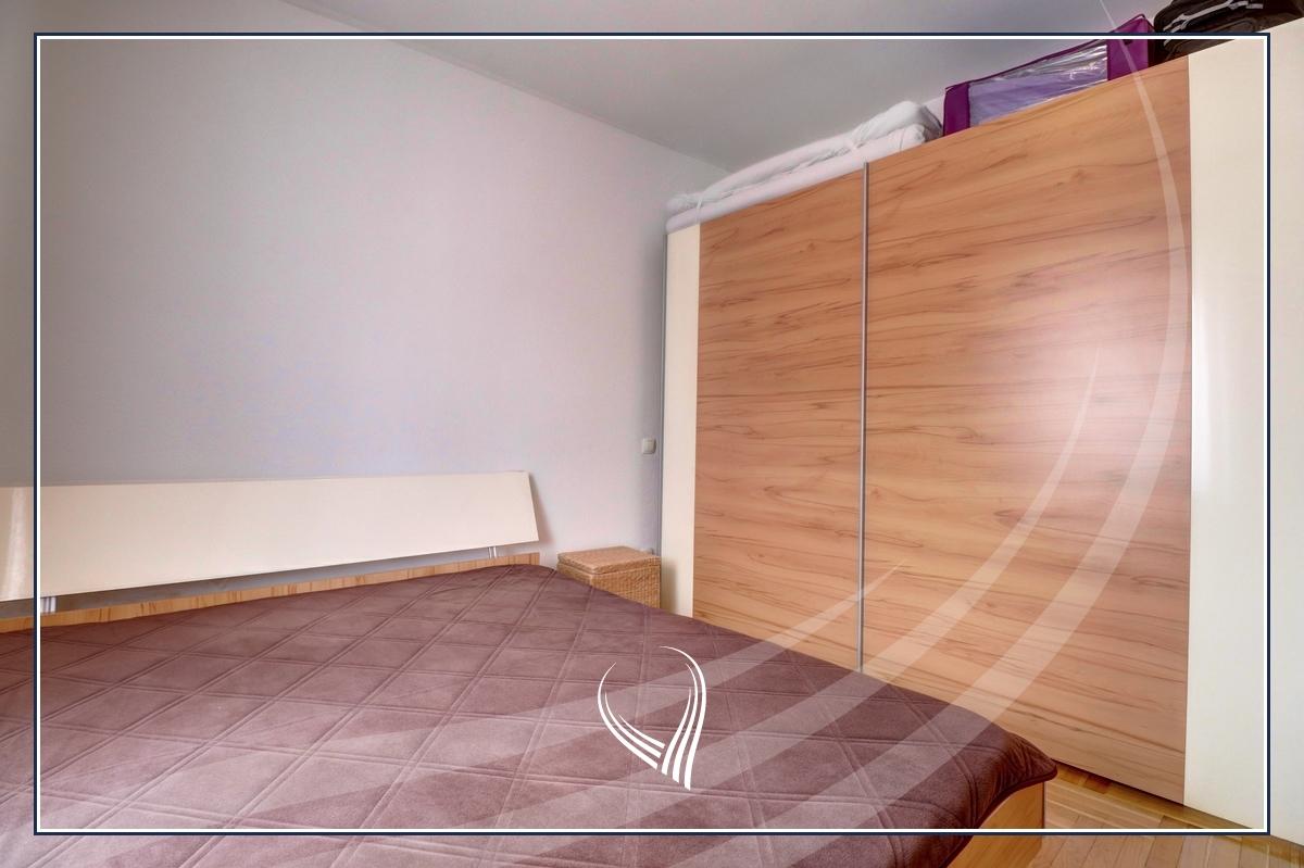 Banesë me 1 dhomë gjumi me qira në lagjen Dodona4