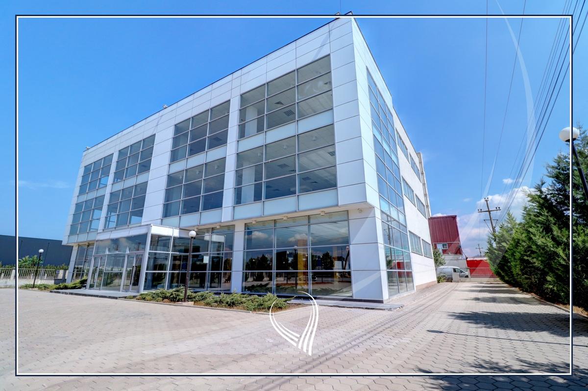 Business building 2000 m2 for rent on the highway Prishtina-Ferizaj0