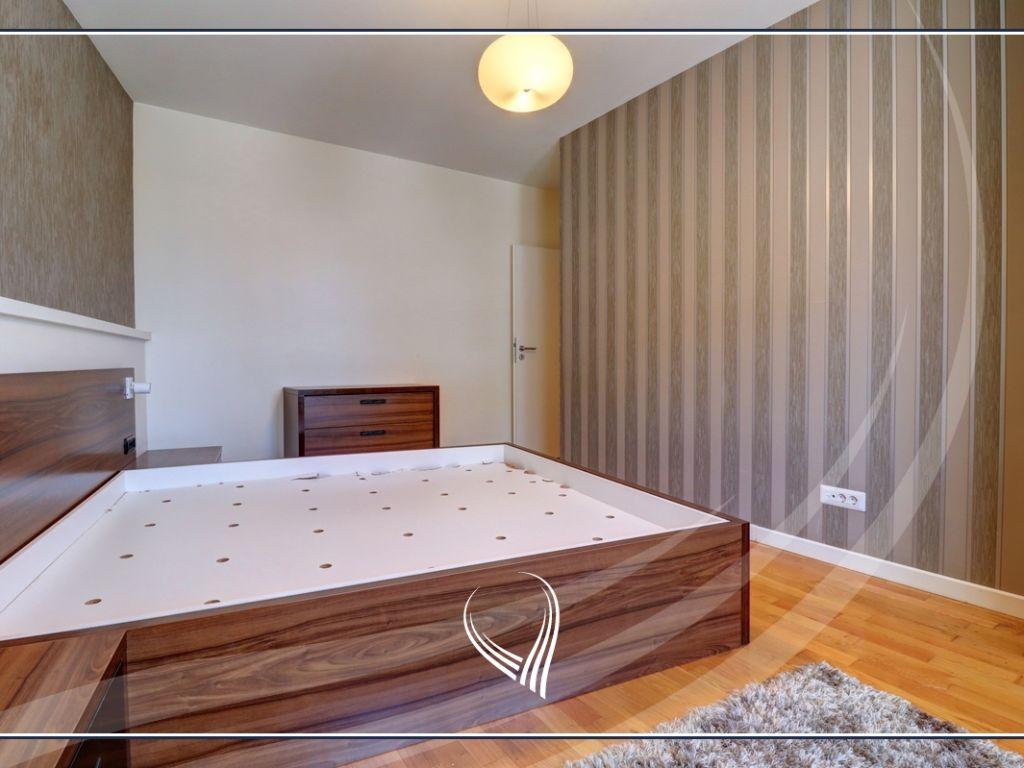 Banesë me 3 dhoma gjumi në shitje në lagjen Bregu i Diellit4