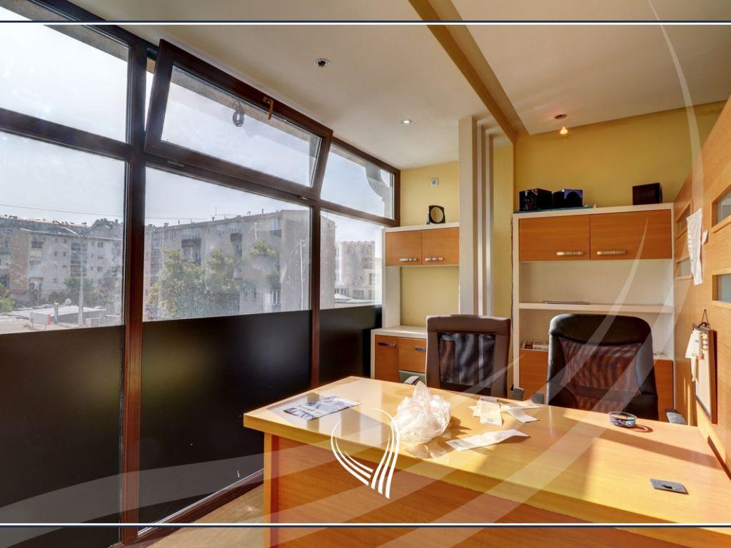 Zyre me 2 dhoma pune me qira në lagjen Ulpiana2
