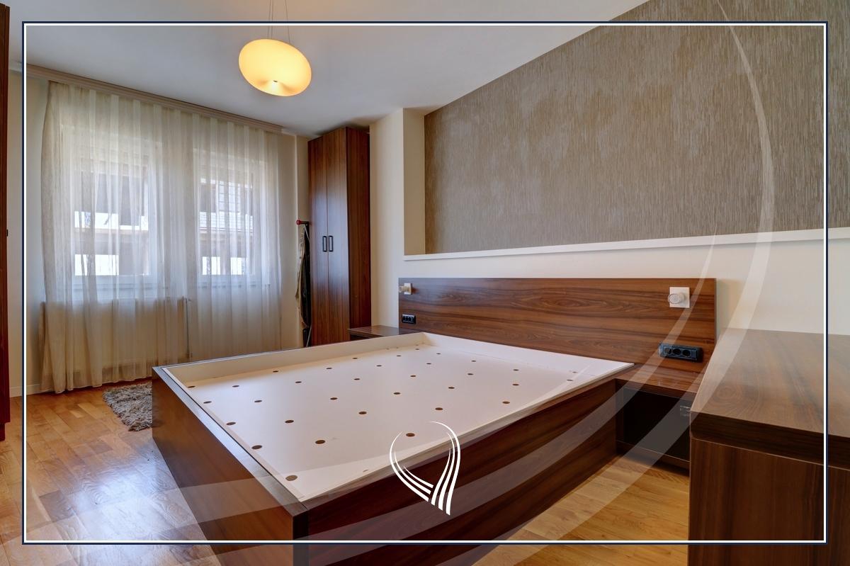 Banesë me 3 dhoma gjumi në shitje në lagjen Bregu i Diellit3