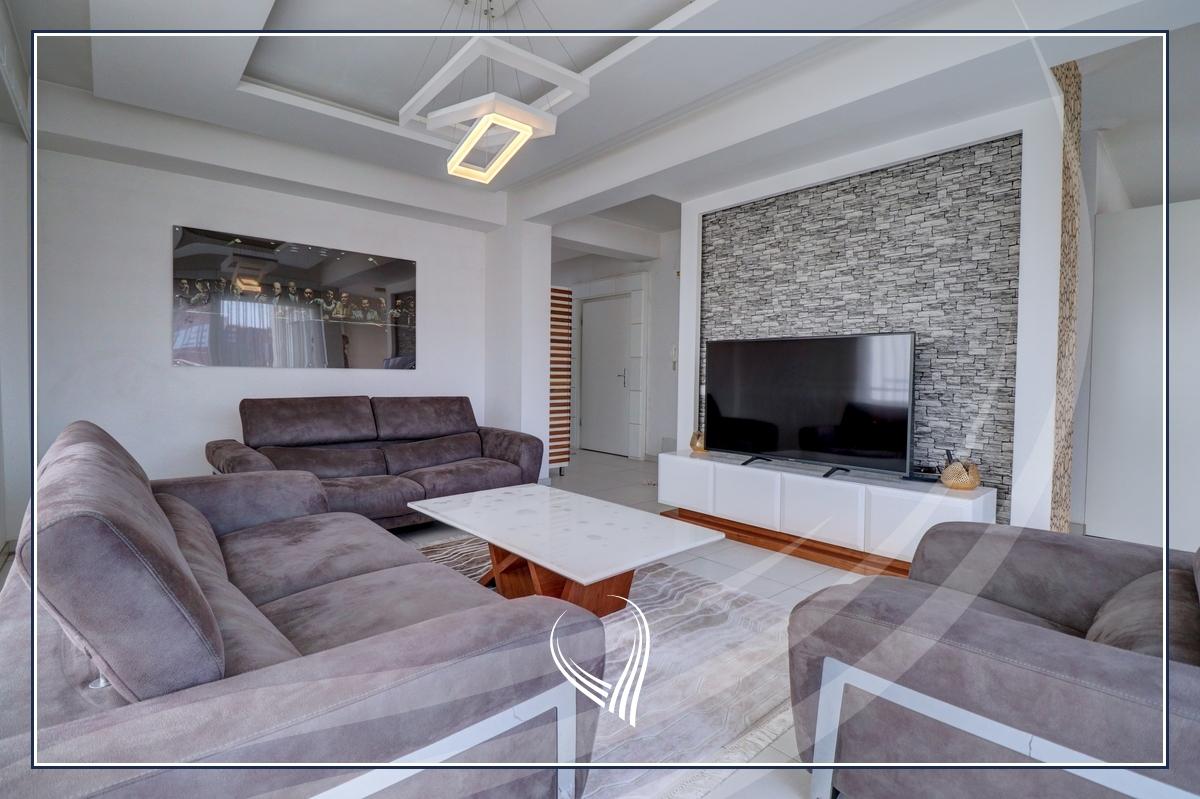 Penthouse me 2 dhoma gjumi në shitje në lagjen Mati 1 – Residio 11