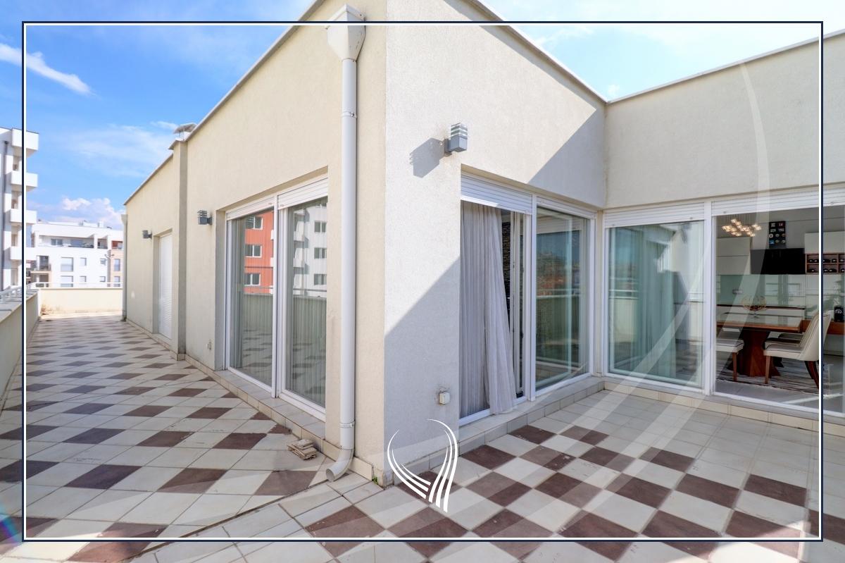 Penthouse me 2 dhoma gjumi në shitje në lagjen Mati 1 – Residio 17