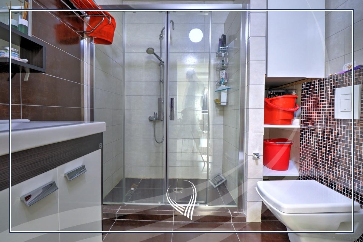 Penthouse me 2 dhoma gjumi në shitje në lagjen Mati 1 – Residio 110